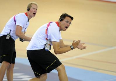 para12_track2_pm_German_coaches